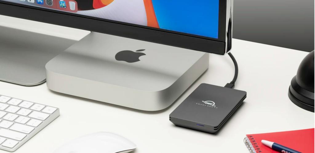 OWC Envoy Pro FX with Mac computer