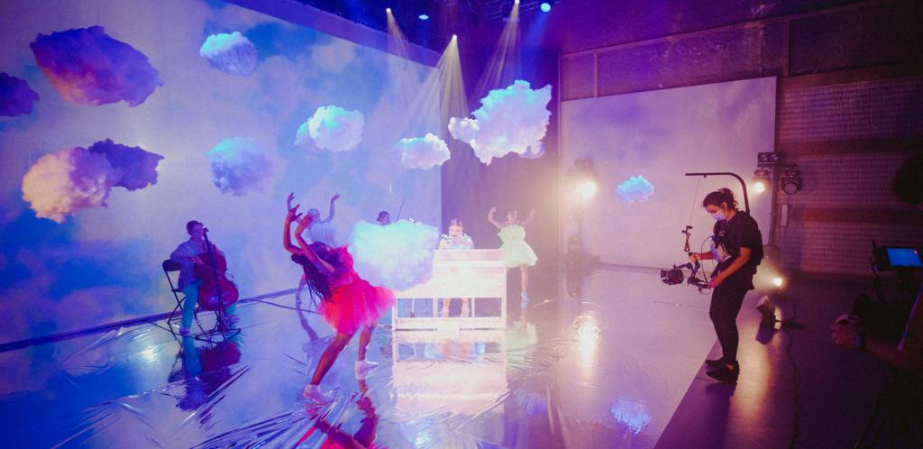 SUPERBLOOM: The Live Dream Stream Shot with Pocket Cinema Camera