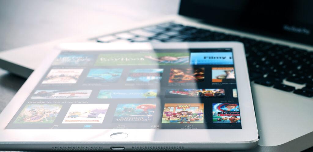 Zoo Digital post to platform streaming
