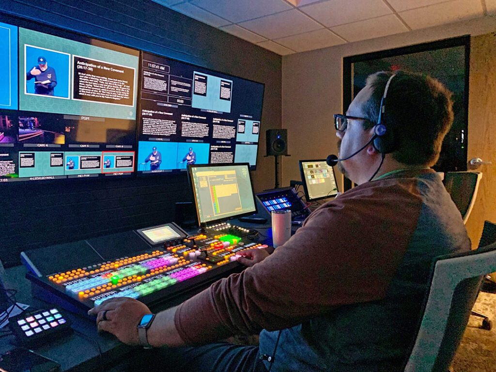 Dunwoody Baptist Church Upgrades Worship Center with FOR-A Switcher, Router