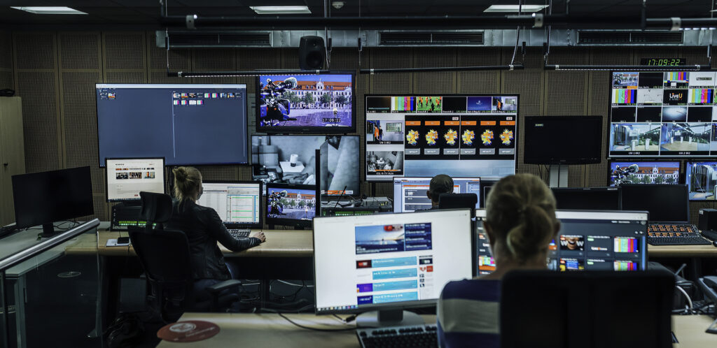 RTL using LiveU Matrix and Blackbird Credits Ruven Breuer CBC