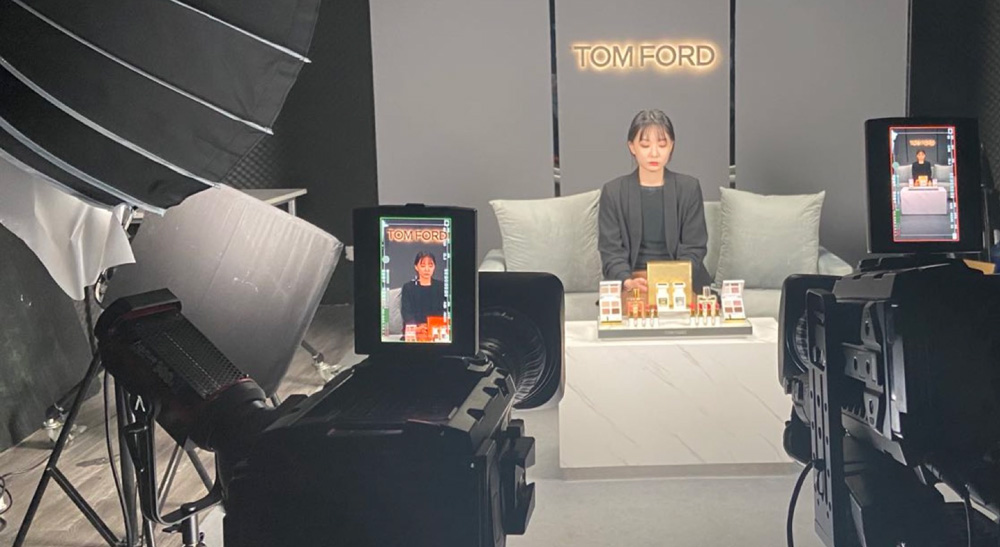 Tom Ford Online Promotions Streamed by Chuangyang Culture with Blackmagic Design Workflow
